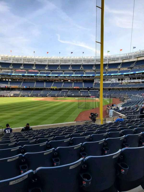 Yankee Stadium, secção: 132, fila: 12, lugar: 21