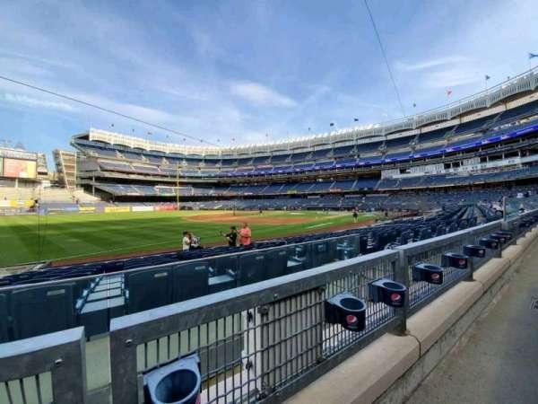 Yankee Stadium, secção: 128, fila: 1, lugar: 9