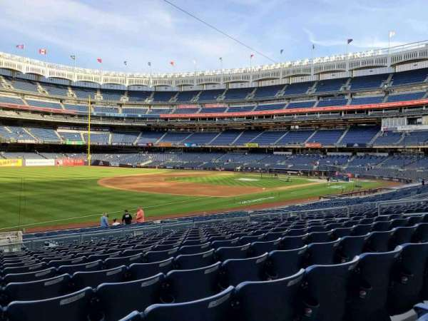Yankee Stadium, secção: 128, fila: 13, lugar: 16