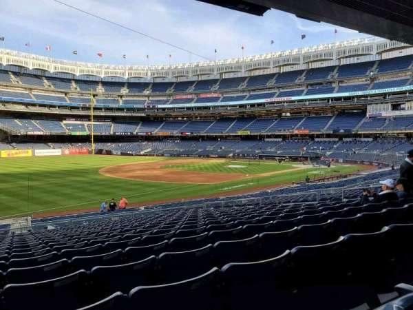 Yankee Stadium, secção: 128, fila: 17, lugar: 16