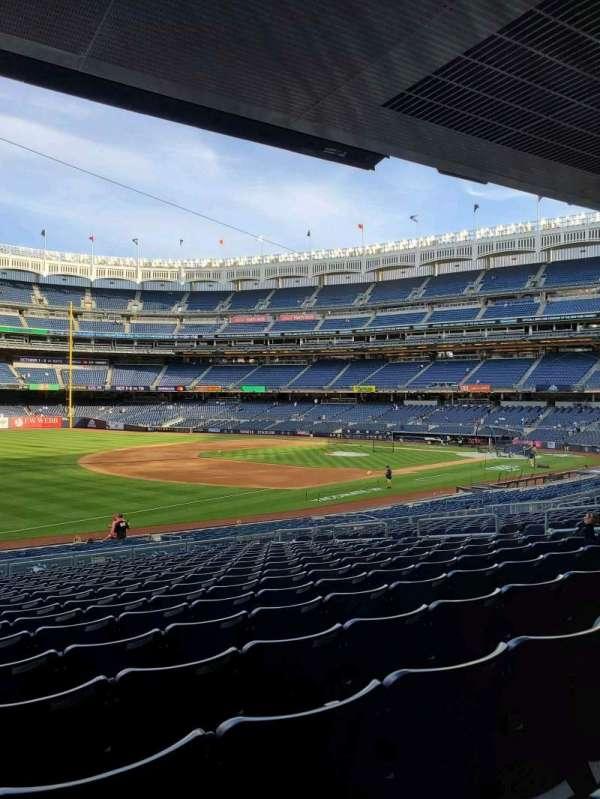 Yankee Stadium, secção: 128, fila: 17, lugar: 15