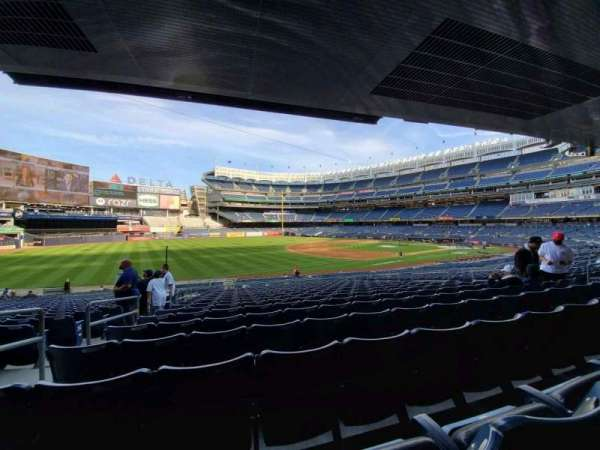 Yankee Stadium, secção: 128, fila: 17, lugar: 14