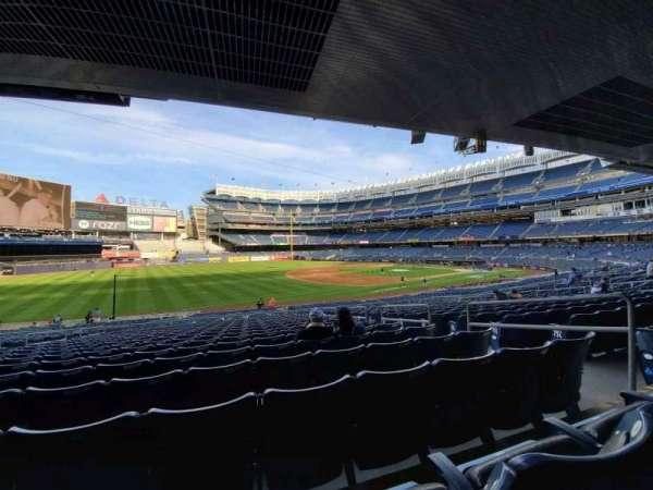 Yankee Stadium, secção: 128, fila: 17, lugar: 6