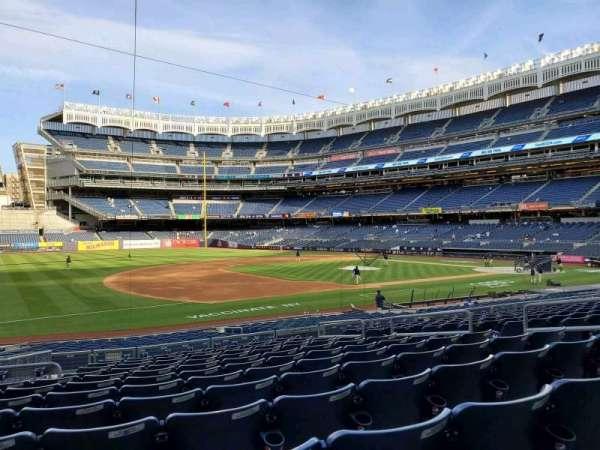 Yankee Stadium, secção: 127A, fila: 12, lugar: 10