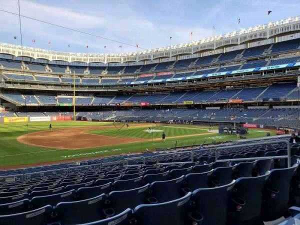 Yankee Stadium, secção: 127A, fila: 12, lugar: 9