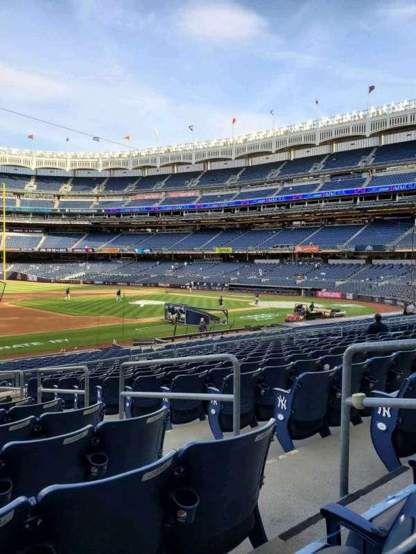 Yankee Stadium, secção: 127A, fila: 12, lugar: 4