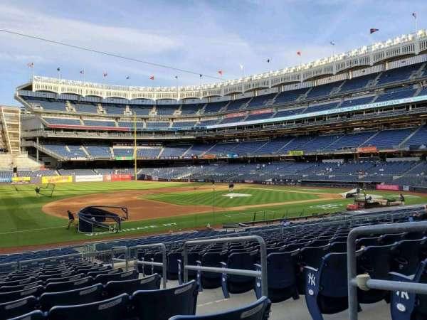 Yankee Stadium, secção: 127A, fila: 12, lugar: 3