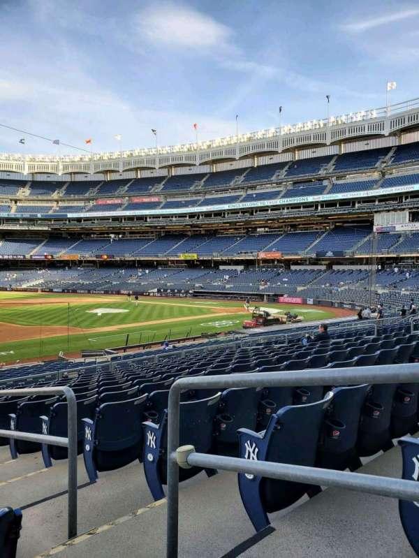 Yankee Stadium, secção: 127A, fila: 12, lugar: 2