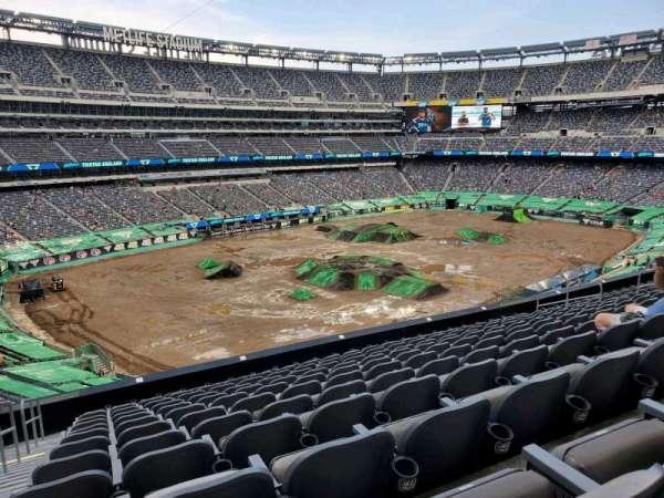 MetLife Stadium, secção: 244, fila: 12, lugar: 24