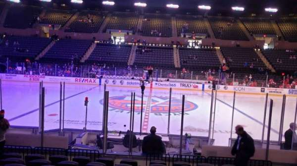 Nassau Veterans Memorial Coliseum, secção: 3, fila: 9, lugar: 7