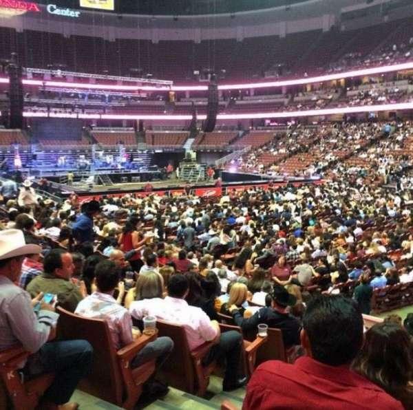 Honda Center, secção: 204, fila: M, lugar: 2