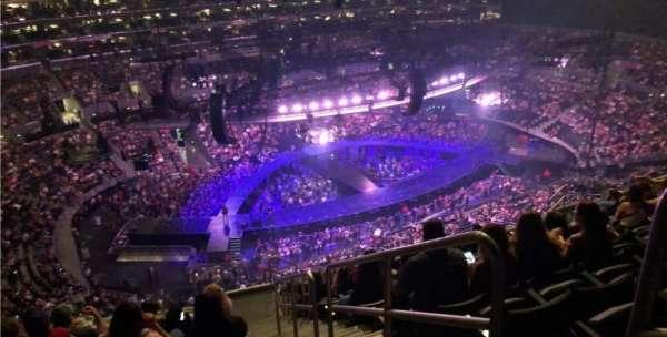 Staples Center, secção: 304, fila: 13, lugar: 1