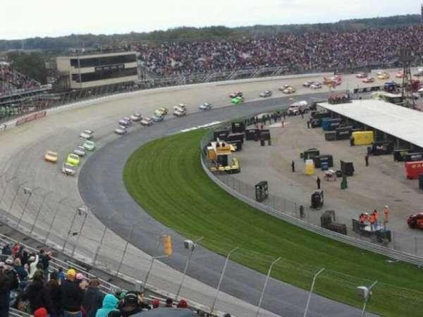 Dover International Speedway, secção: 207, fila: 24, lugar: 17