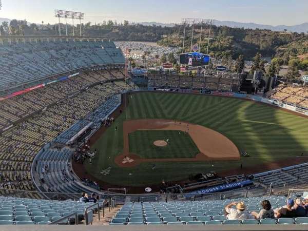 Dodger Stadium, secção: 4TD, fila: M, lugar: 14