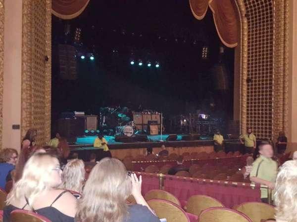 Pabst Theater, secção: LT, fila: P, lugar: 7
