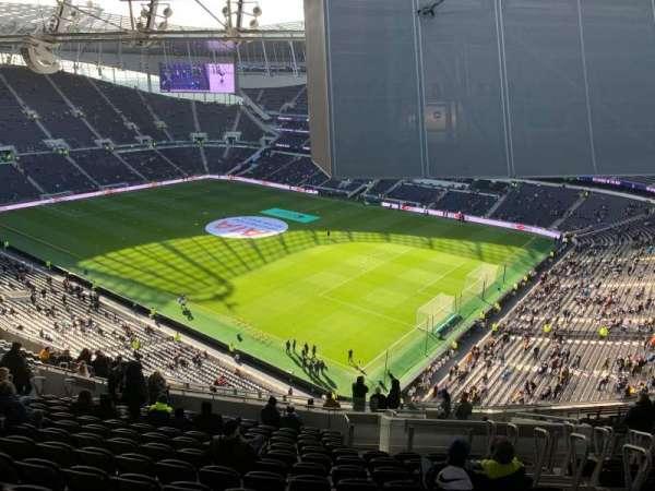 Tottenham Hotspur Stadium, secção: 520, fila: 20, lugar: 669