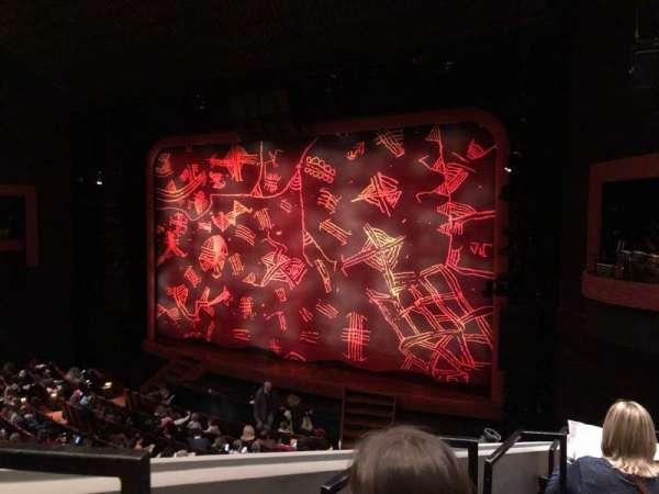 Minskoff Theatre, secção: Mezzanine, fila: EE, lugar: 4
