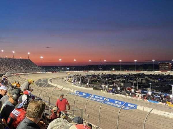 Darlington Raceway, secção: Tyler, fila: 5, lugar: 8