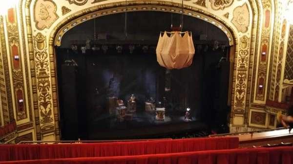 Cadillac Palace Theater, secção: Balcony LC, fila: F, lugar: 305