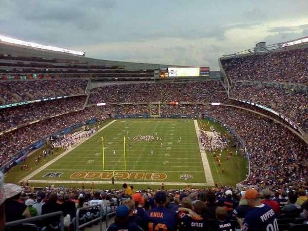 Soldier Field, secção: 230, fila: j, lugar: 3