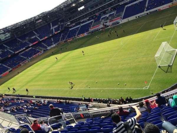 Red Bull Arena (New Jersey), secção: 221, fila: 2, lugar: 2