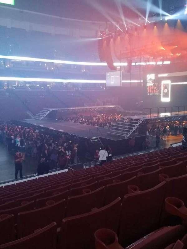 Honda Center, secção: 223, fila: P, lugar: 13