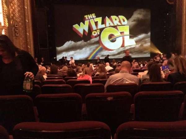 Wang Theatre, secção: Orchestra LC, fila: O, lugar: 17