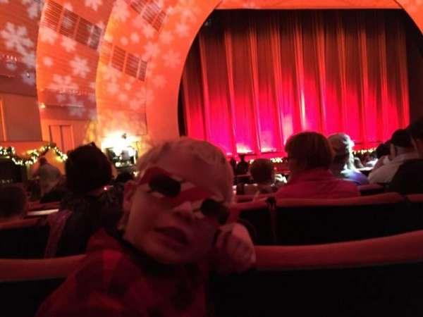 Radio City Music Hall, secção: Orchestra 6, fila: D, lugar: 606