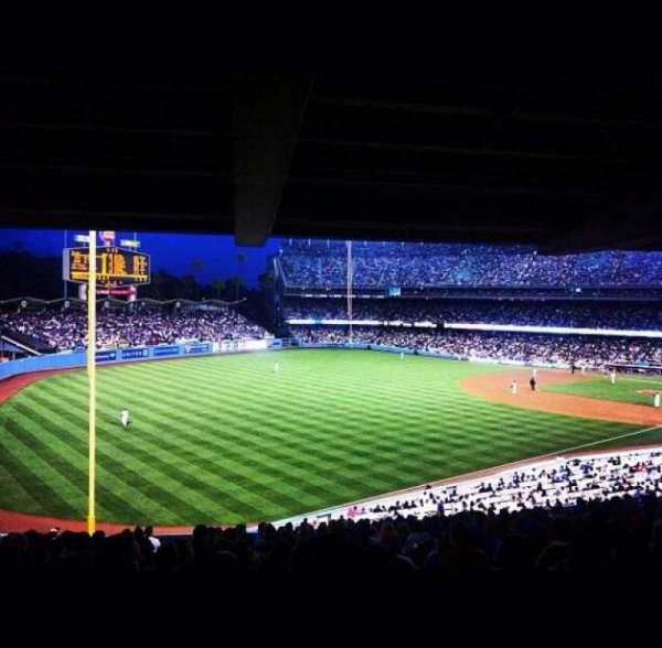 Dodger Stadium, secção: 157LG, fila: R, lugar: 4