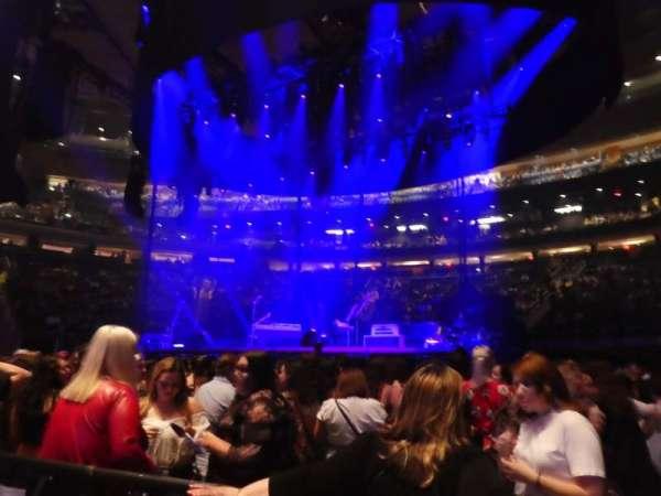 Madison Square Garden, secção: Floor C, fila: 2, lugar: 3