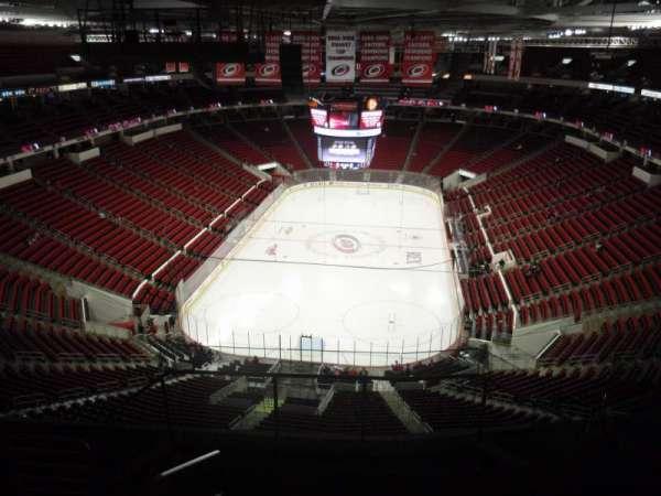 PNC Arena, secção: 313, fila: G, lugar: 17