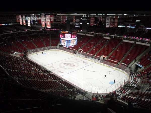 PNC Arena, secção: 319, fila: K, lugar: 11
