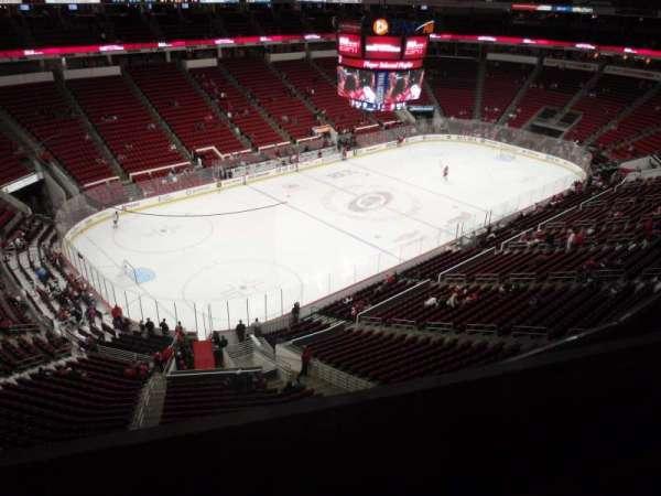 PNC Arena, secção: 328, fila: C, lugar: 10