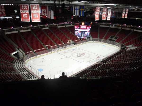 PNC Arena, secção: 329, fila: J, lugar: 7