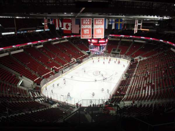 PNC Arena, secção: 332, fila: J, lugar: 1