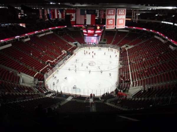 PNC Arena, secção: 332, fila: J, lugar: 24