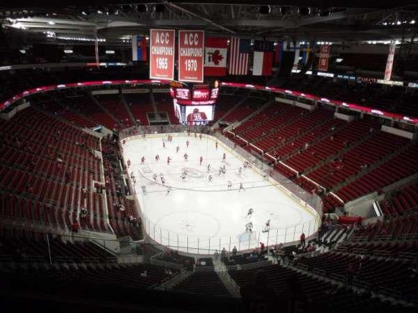PNC Arena, secção: 334, fila: G, lugar: 21