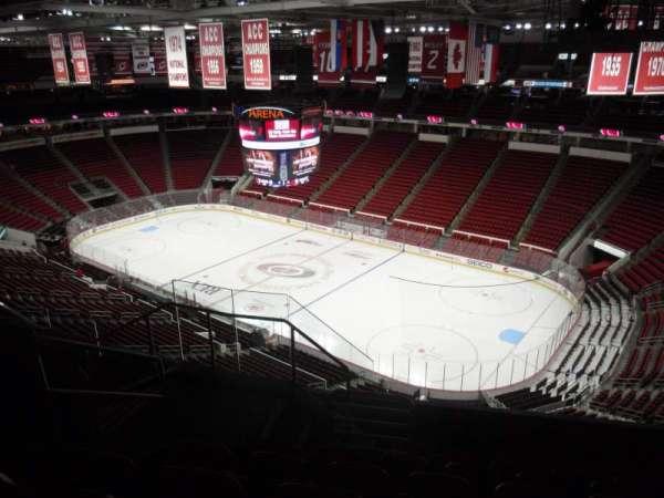 PNC Arena, secção: 338, fila: G, lugar: 10