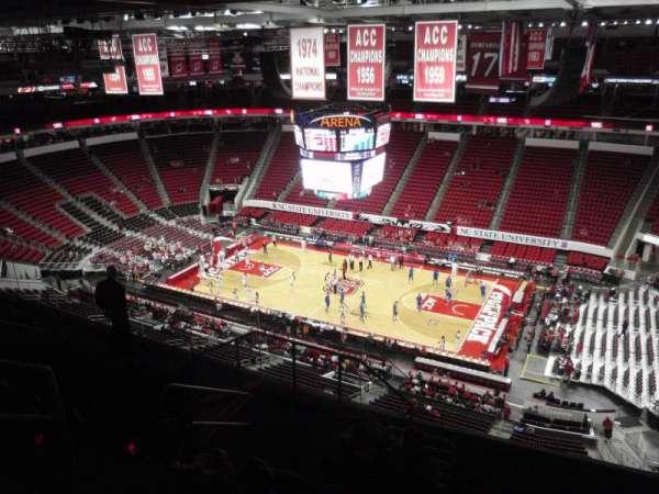 PNC Arena, secção: 302, fila: H, lugar: 11