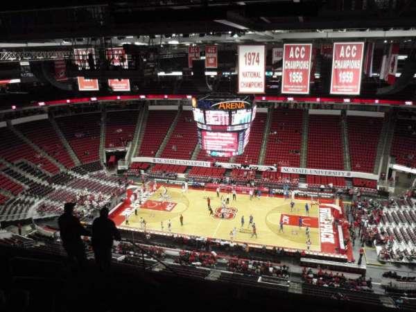 PNC Arena, secção: 303, fila: J, lugar: 18
