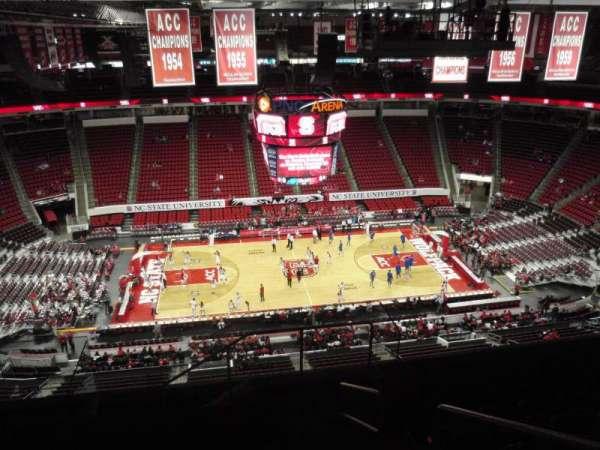 PNC Arena, secção: 305, fila: H, lugar: 2