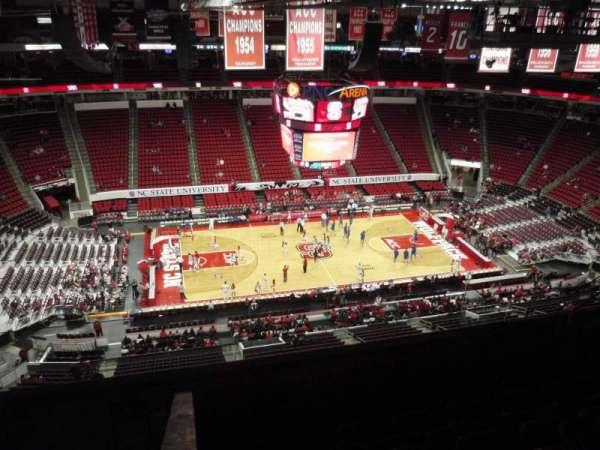 PNC Arena, secção: 305, fila: H, lugar: 15