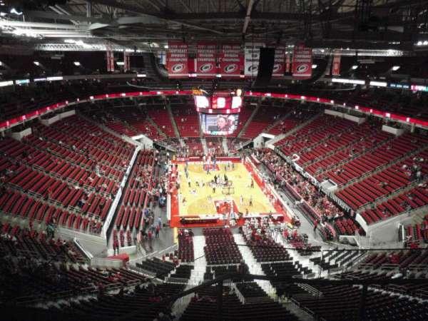 PNC Arena, secção: 315, fila: E, lugar: 4