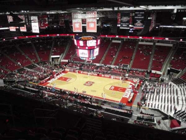 PNC Arena, secção: 322, fila: J, lugar: 10