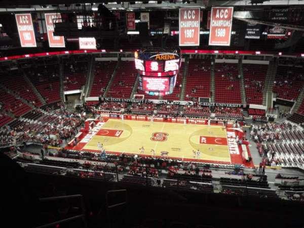 PNC Arena, secção: 323, fila: J, lugar: 26
