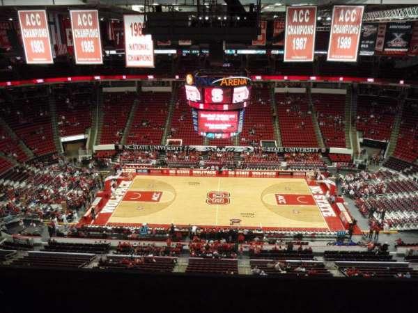 PNC Arena, secção: 324, fila: G, lugar: 11