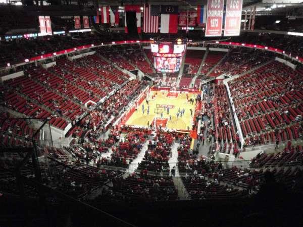 PNC Arena, secção: 332, fila: F, lugar: 27