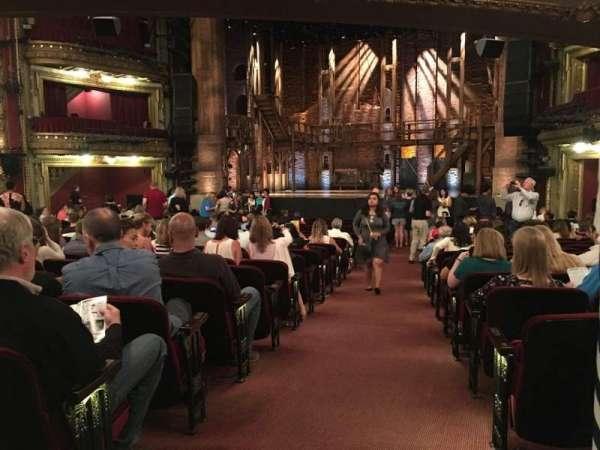 CIBC Theatre, secção: Orchestra R, fila: W, lugar: 121