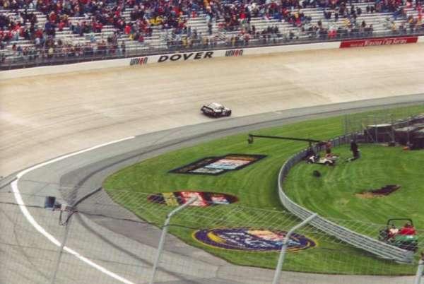 Dover International Speedway, secção: 115, fila: 12, lugar: 7
