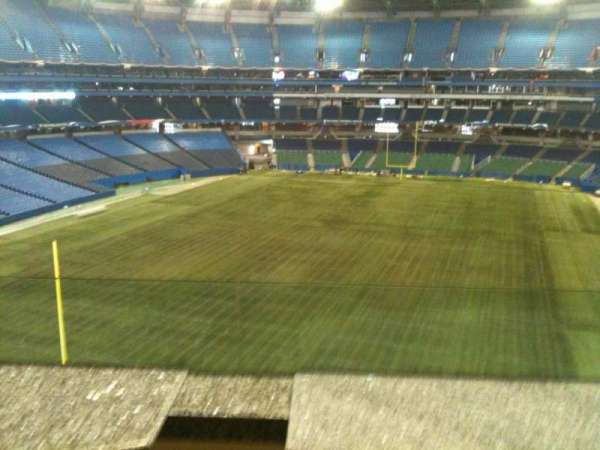 Rogers Centre, secção: Sightlines Restaurant, fila: 1